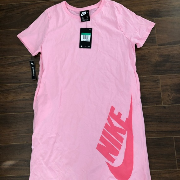 Nike T-Shirt Dress - girls XL